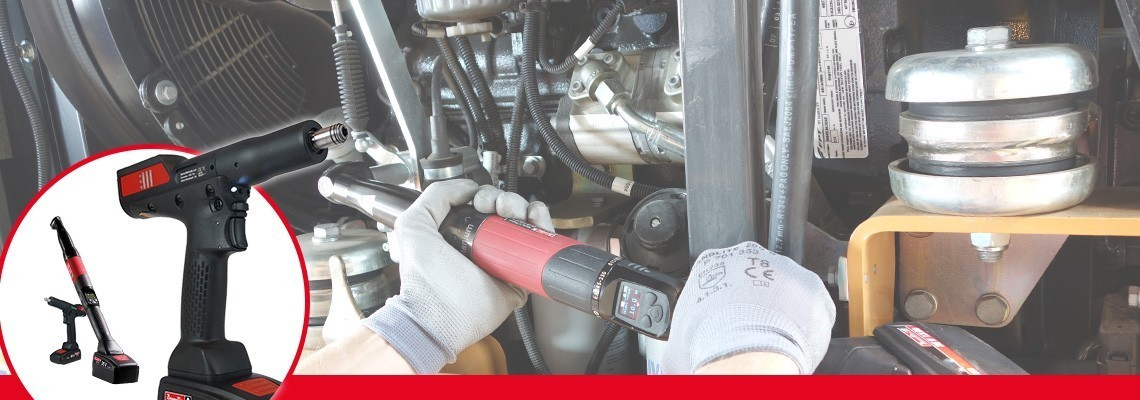 Fedezze fel a Desoutter Industrial Tools B-Flex szériát! Optimalizálja az összeszerelési folyamatot az önálló, transzduktoros sarokfejes/pisztolymarkolatos akkumulátoros szerszámokkal.